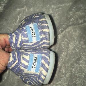 Toms Shoes - Toms Blue slip on shoes